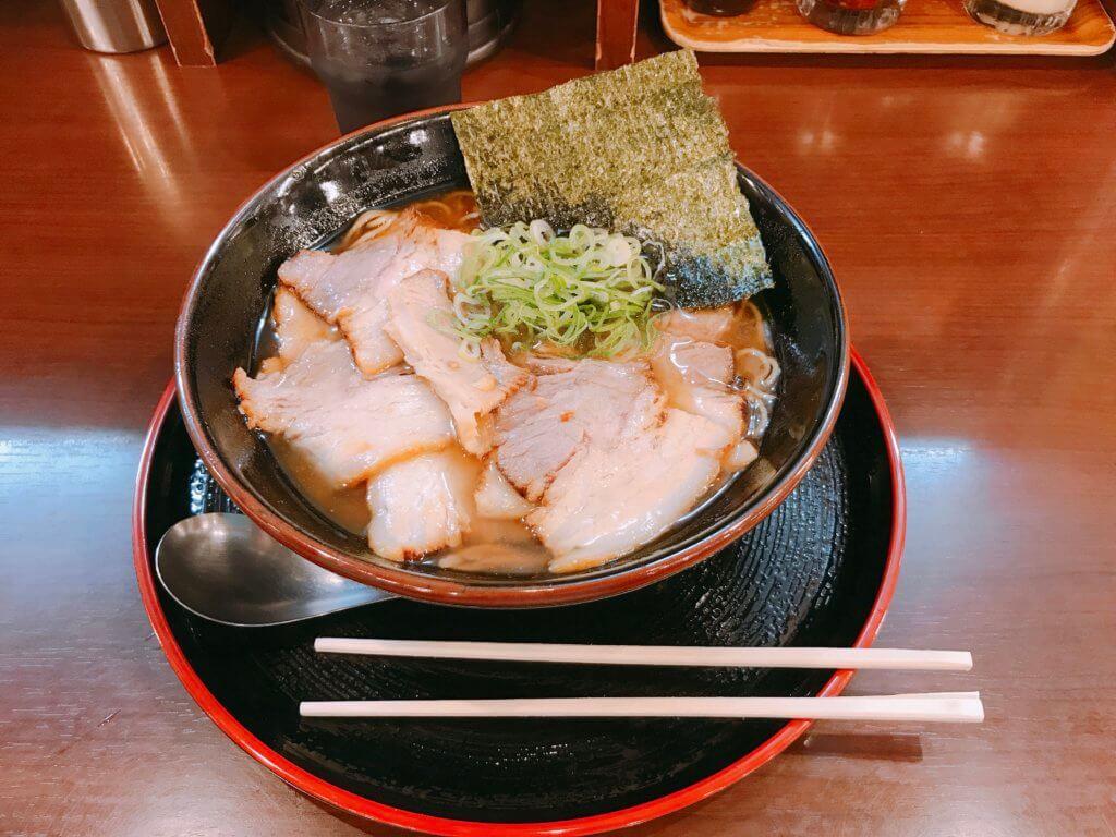 魚介肉醤油ラーメン